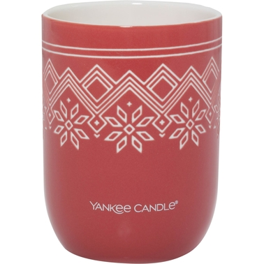 Yankee Candle Nordic Frost Red Apple Wreath Ceramic Candle
