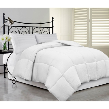 Microfiber Oversized Super Soft and Fluffy Down Alternative Comforter