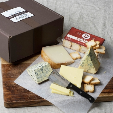 The Gourmet Market Port Cheese Assortment Gift Box