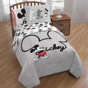 Disney Mickey Jersey Twin / Full Comforter with Sham