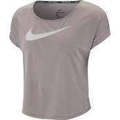 Swoosh Run Short Sleeve Top