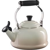 Le Creuset Whistling Kettle - Meringue