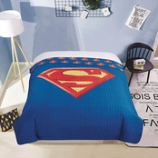 DC Comics Superman Shield Quilted Bedspread