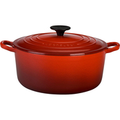 Le Creuset Signature Round French Oven, 7.25 qt.
