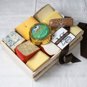 The Gourmet Market Cheese Lover's Sampler in Gift Basket