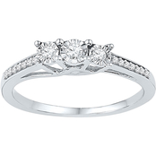10K White Gold 1/6 CTW 3 Stone Diamond Ring