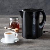 Simply Perfect 32 oz. Electric Kettle