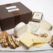 The Gourmet Market International Classics Cheese Gift Box