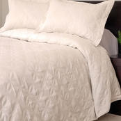 Lavish Home Andrea Embroidered Quilt Set
