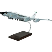 Daron RC-135V/W (New/Large Engines) Rivet Joint 1/100