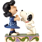 Jim Shore Peanuts Snoopy Kissing Lucy