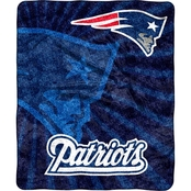 Northwest NFL 065 Patriots Sherpa Strobe Throw
