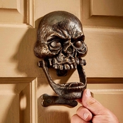 Design Toscano Skull Doorknocker: Medium