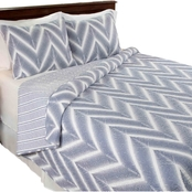 Lavish Home Oriana Quilt Set