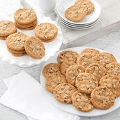 Mrs. Fields Chocolate Chip Cookies 100 pk.