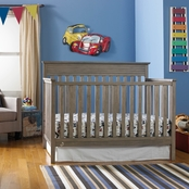 Fisher-Price Newbury Convertible Crib