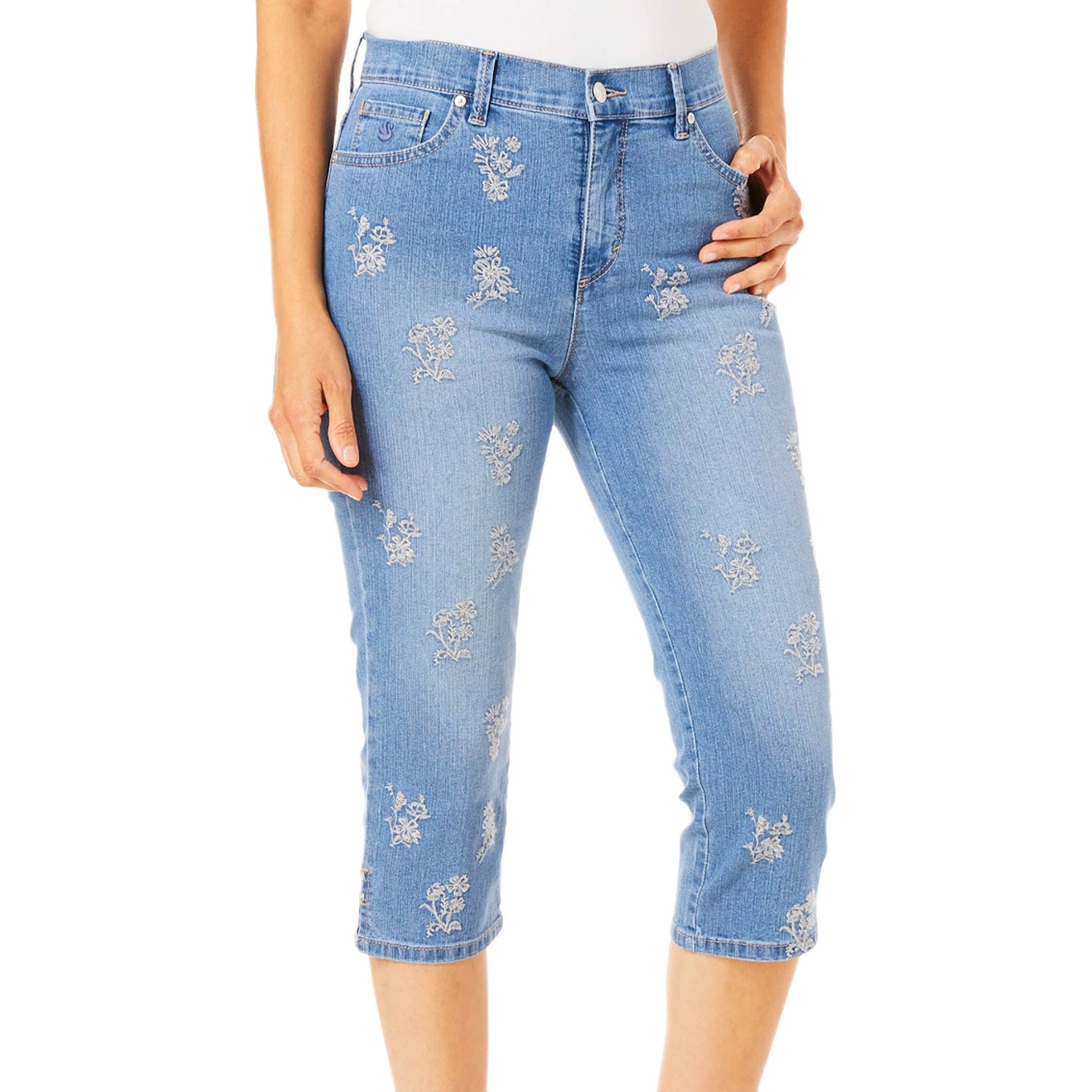 7dab398997815e Gloria Vanderbilt Amanda Floral Embroidered Capri Pants | Jeans ...