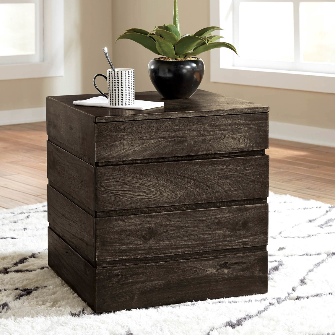 Signature Designs By Ashley Rollins Square End Table: Signature Design By Ashley Shallia Square End Table