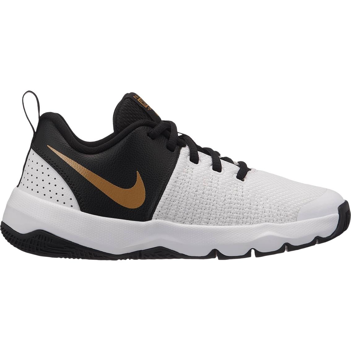 ee2e48e3416f Nike Grade School Boys Team Hustle Quick Basketball Shoes ...