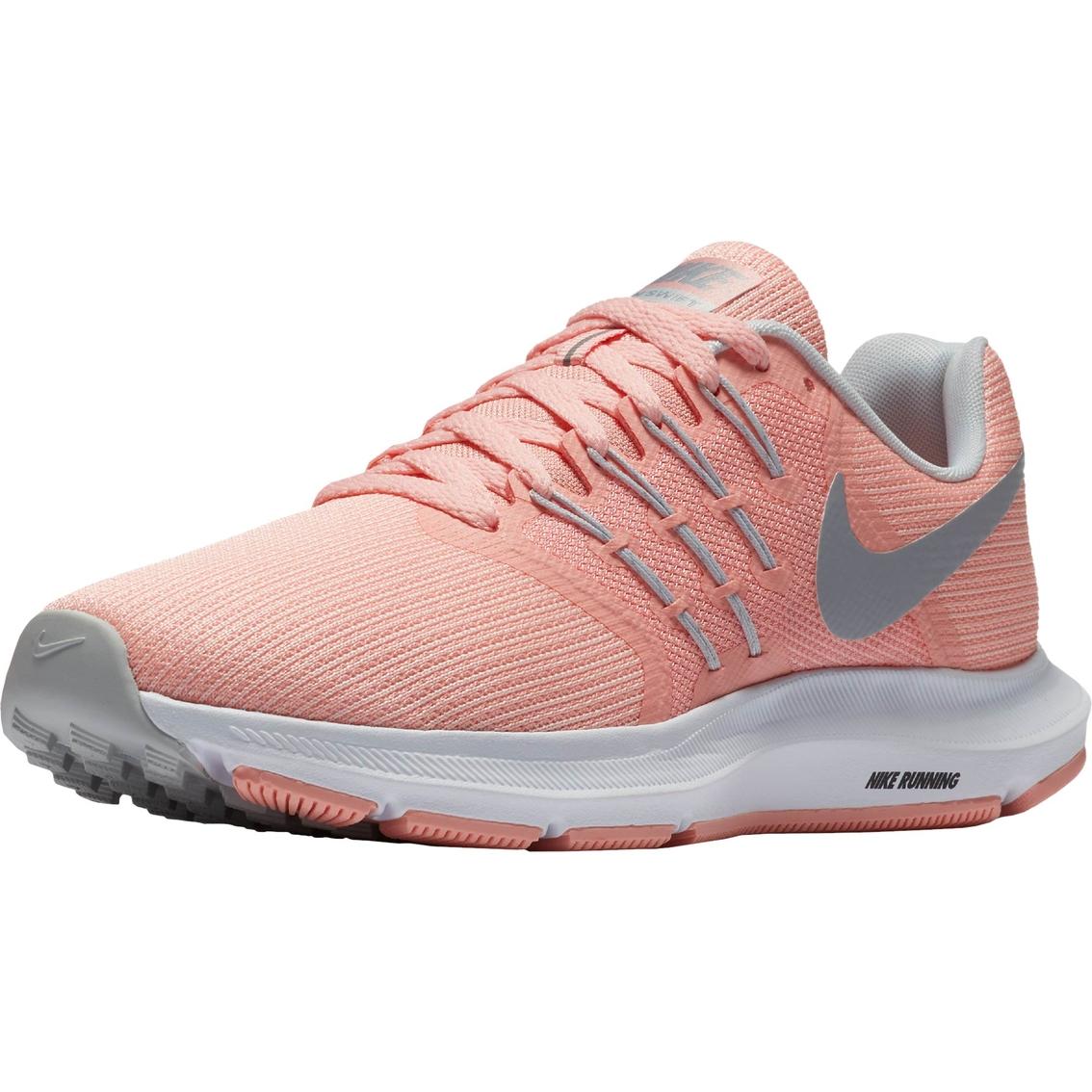 68036187c27 Nike Women s Run Swift Shoes