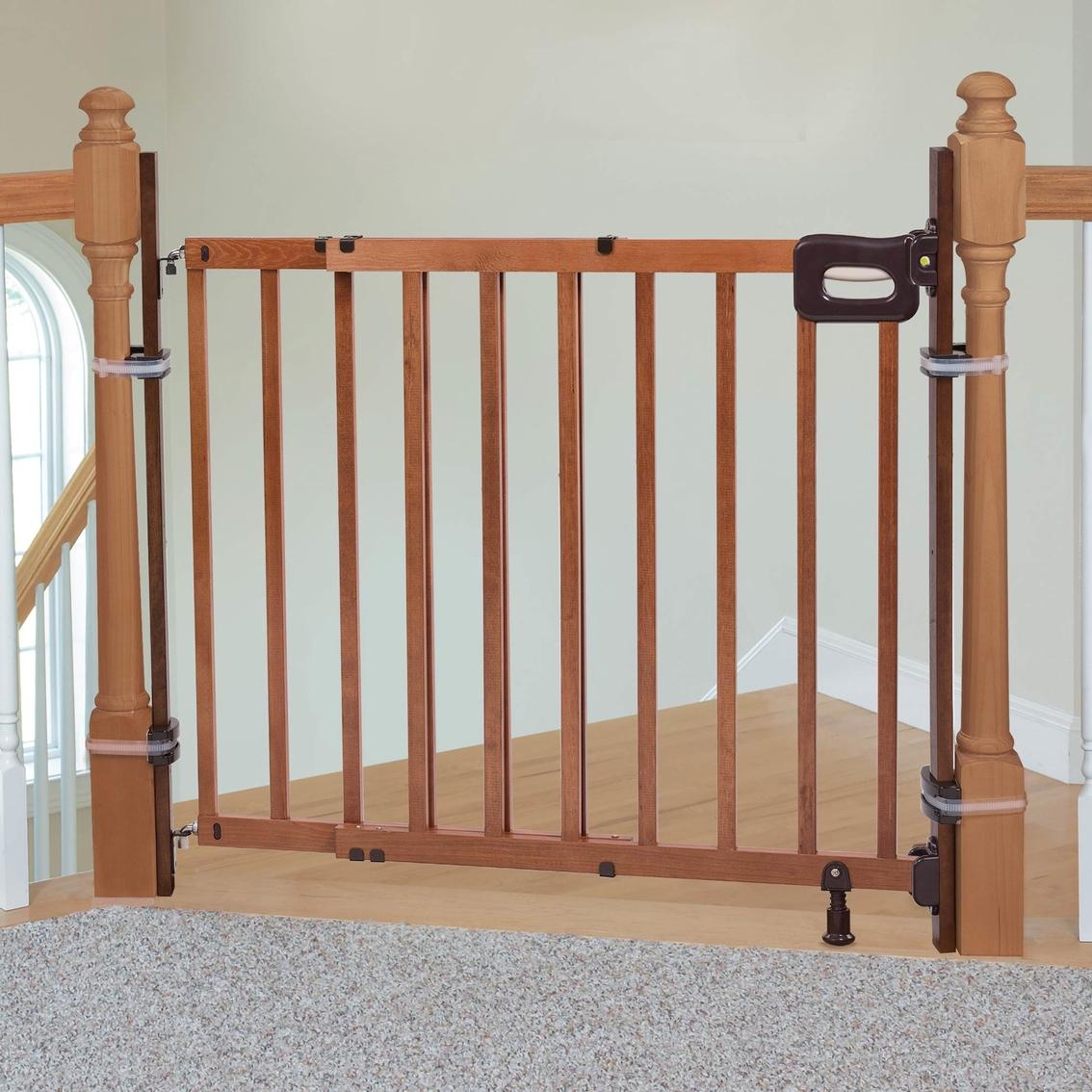 Summer Infant Banister To Banister Kit Safety Gates Baby Toys