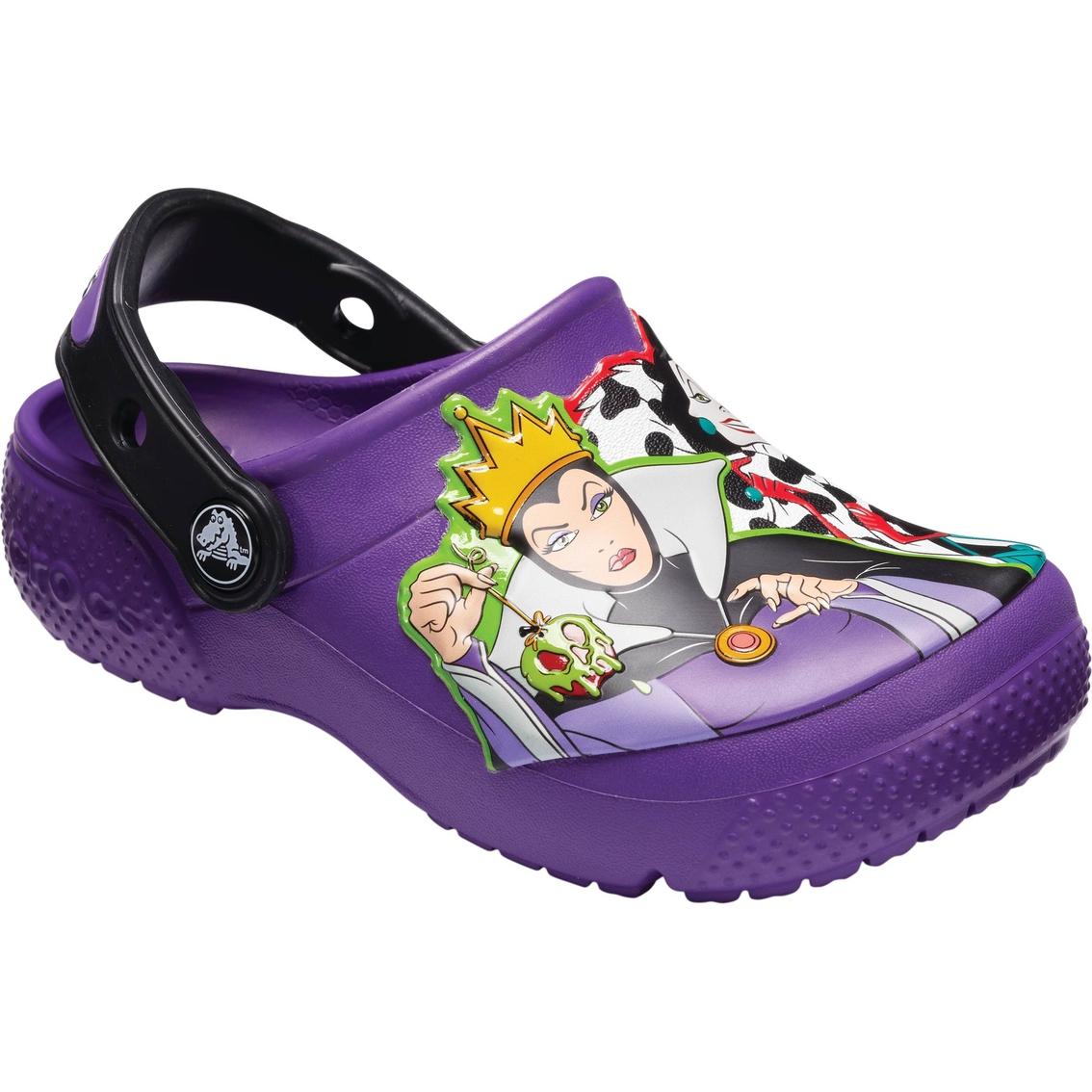 257f50522e23 Crocs Girls Disney Villains Clogs