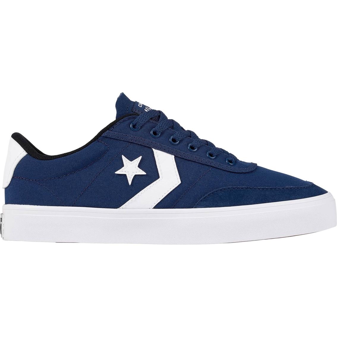 Converse Men s Courtlandt Ox Basketball Shoes  4564476968