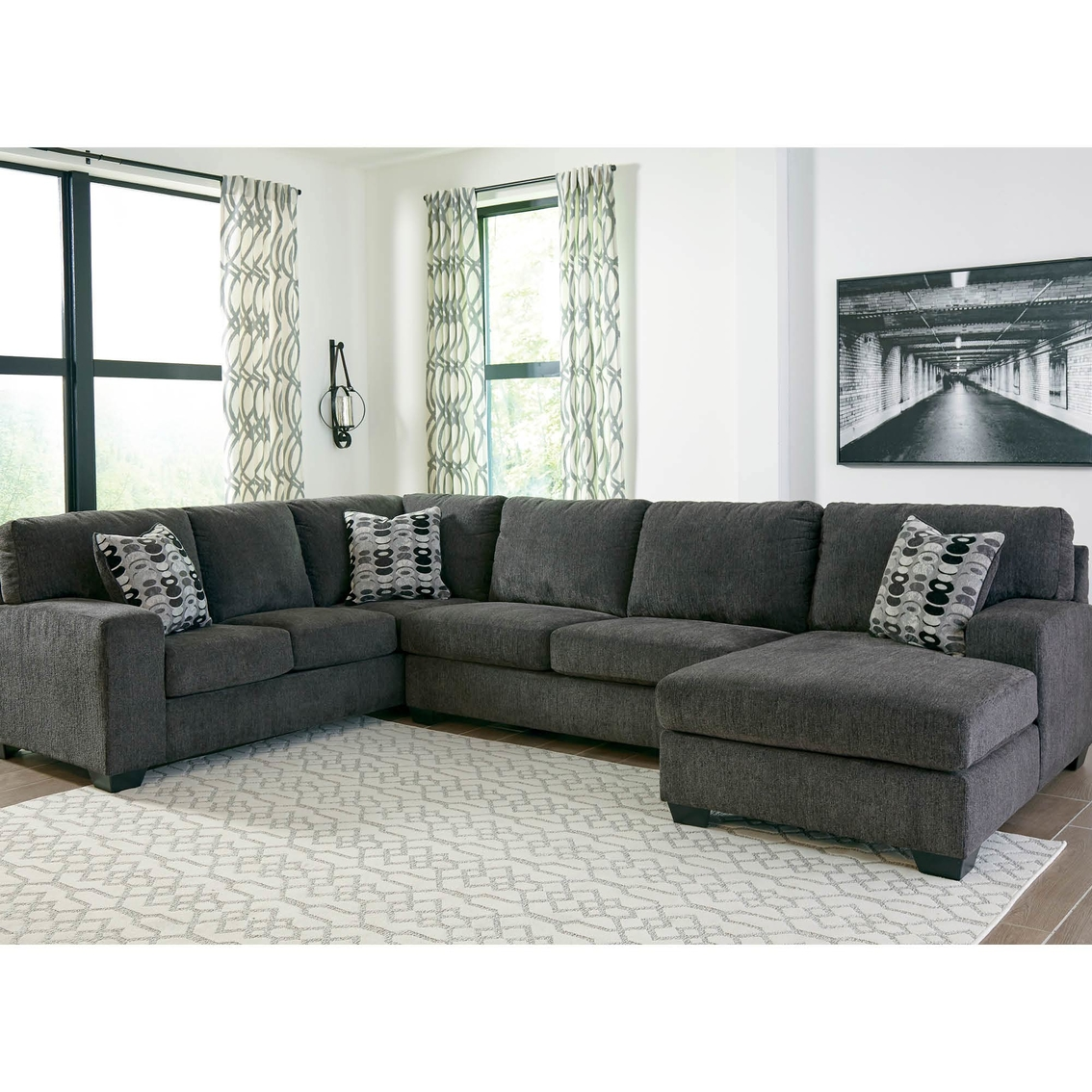 Signature Design By Ashley Ballinasloe 3 Pc. Sectional Raf Chaise ...