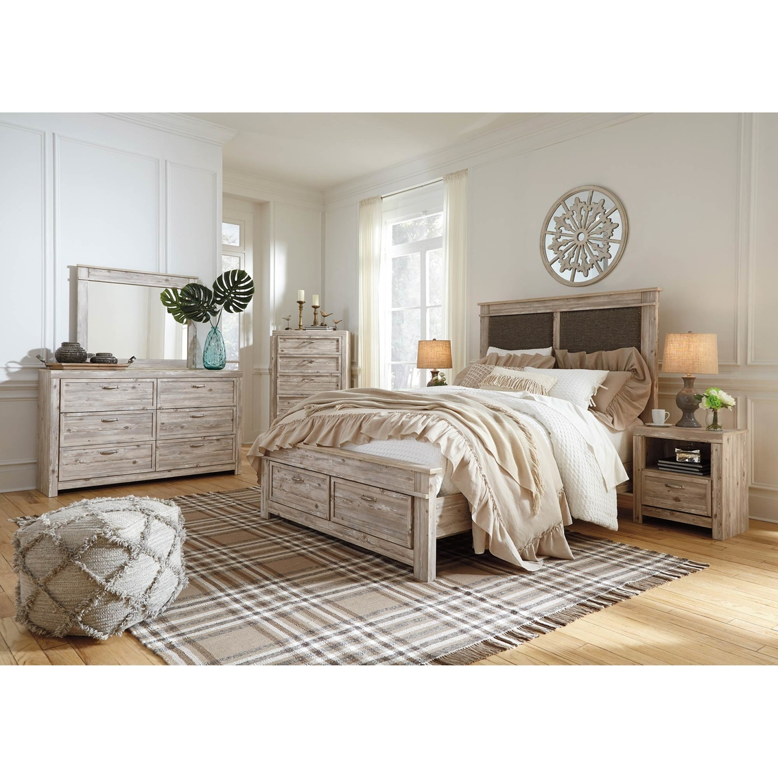 Benchcraft Willabry Panel Bed With Storage 5 Pc. Set | Bedroom Sets ...