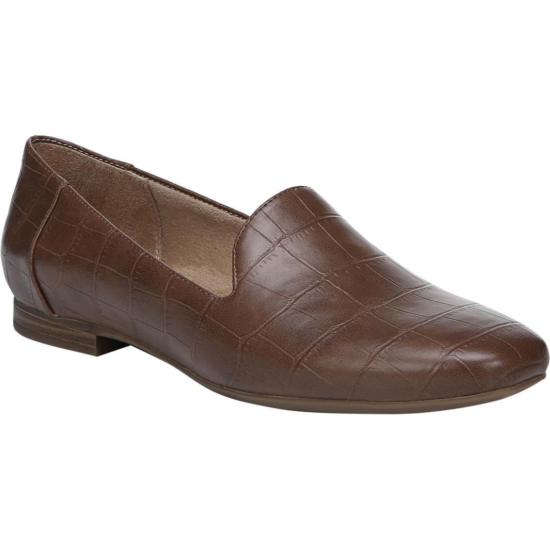 de3d70f6fee Naturalizer Women s Kit 2 Flat Loafers