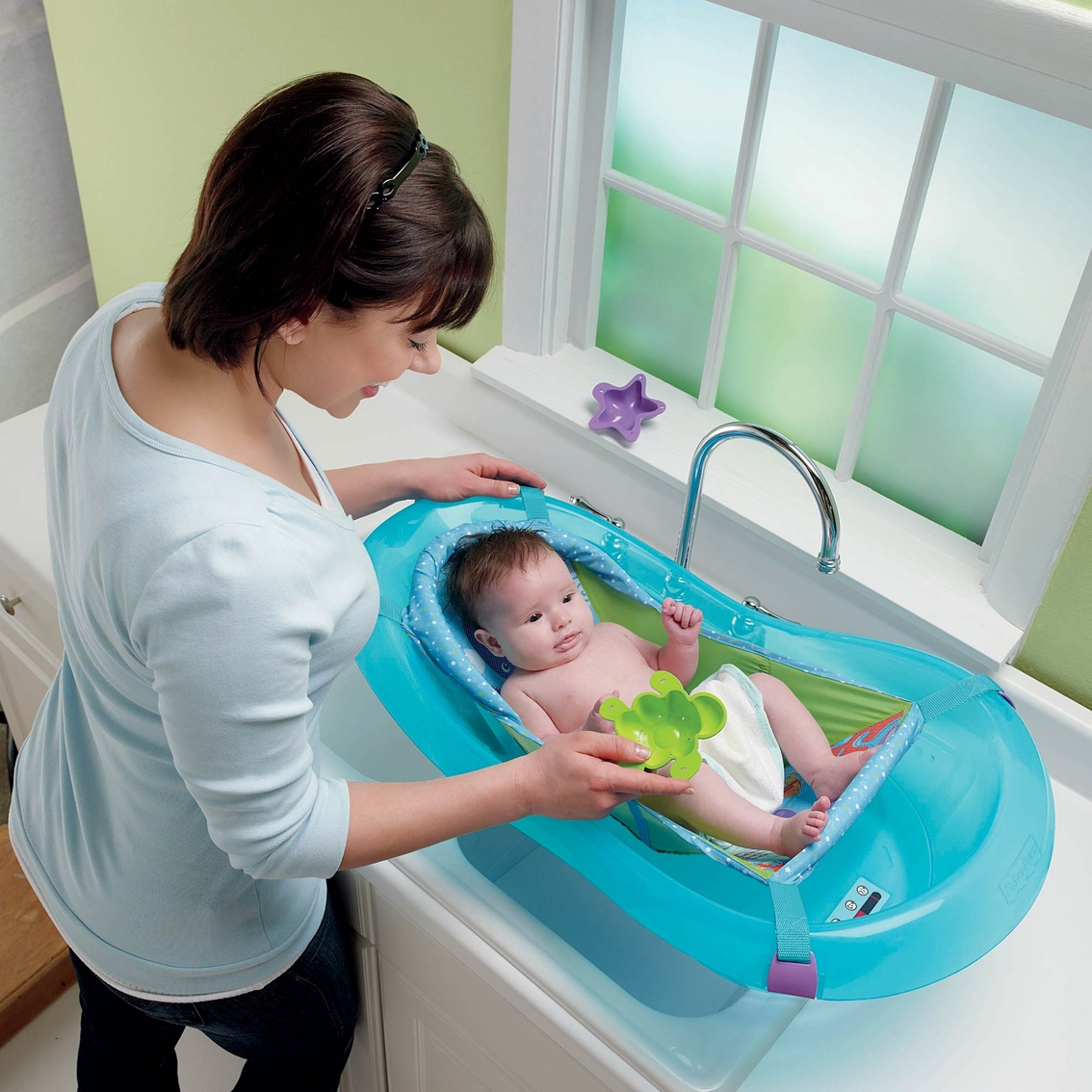 fisher price ocean wonders aquarium bathtub tubs baby toys shop the exchange. Black Bedroom Furniture Sets. Home Design Ideas