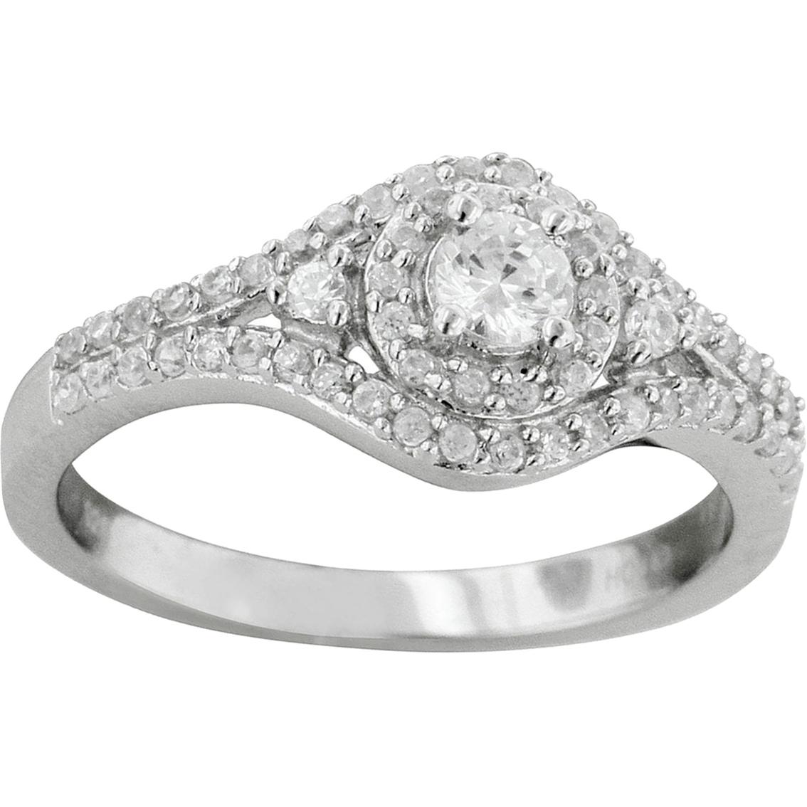 10k White Gold 1/2 Ctw Diamond Engagement Ring
