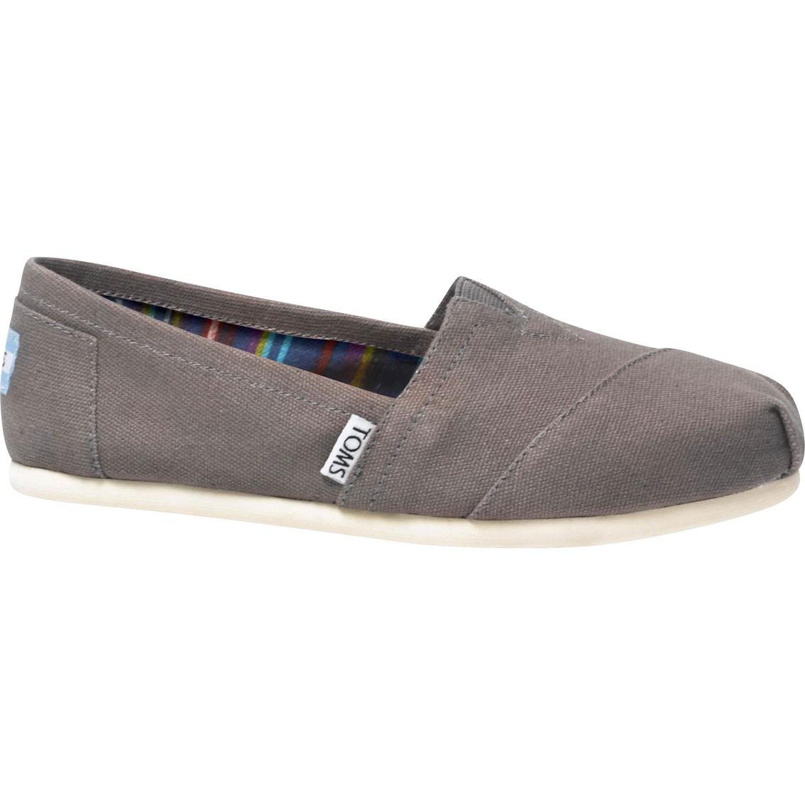 Classic Canvas Shoes   Flats   Shoes