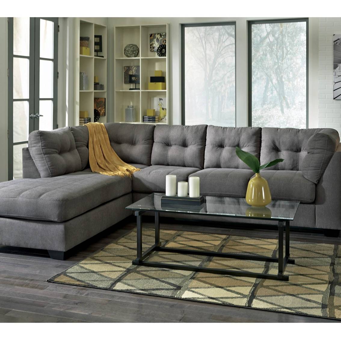 Ashley maier 2 pc sectional sofa with left corner chaise for Ashley chaise sectional