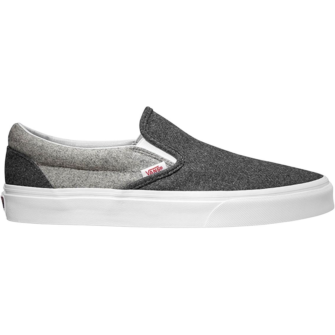 d6f931325e76 Vans Men s Classic Slip On Canvas Shoes