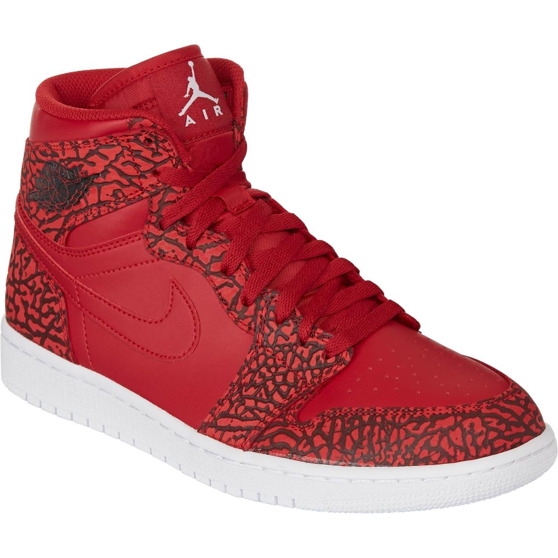 80f7c067b04799 Air Jordan Men s 1 Retro High Basketball Shoes