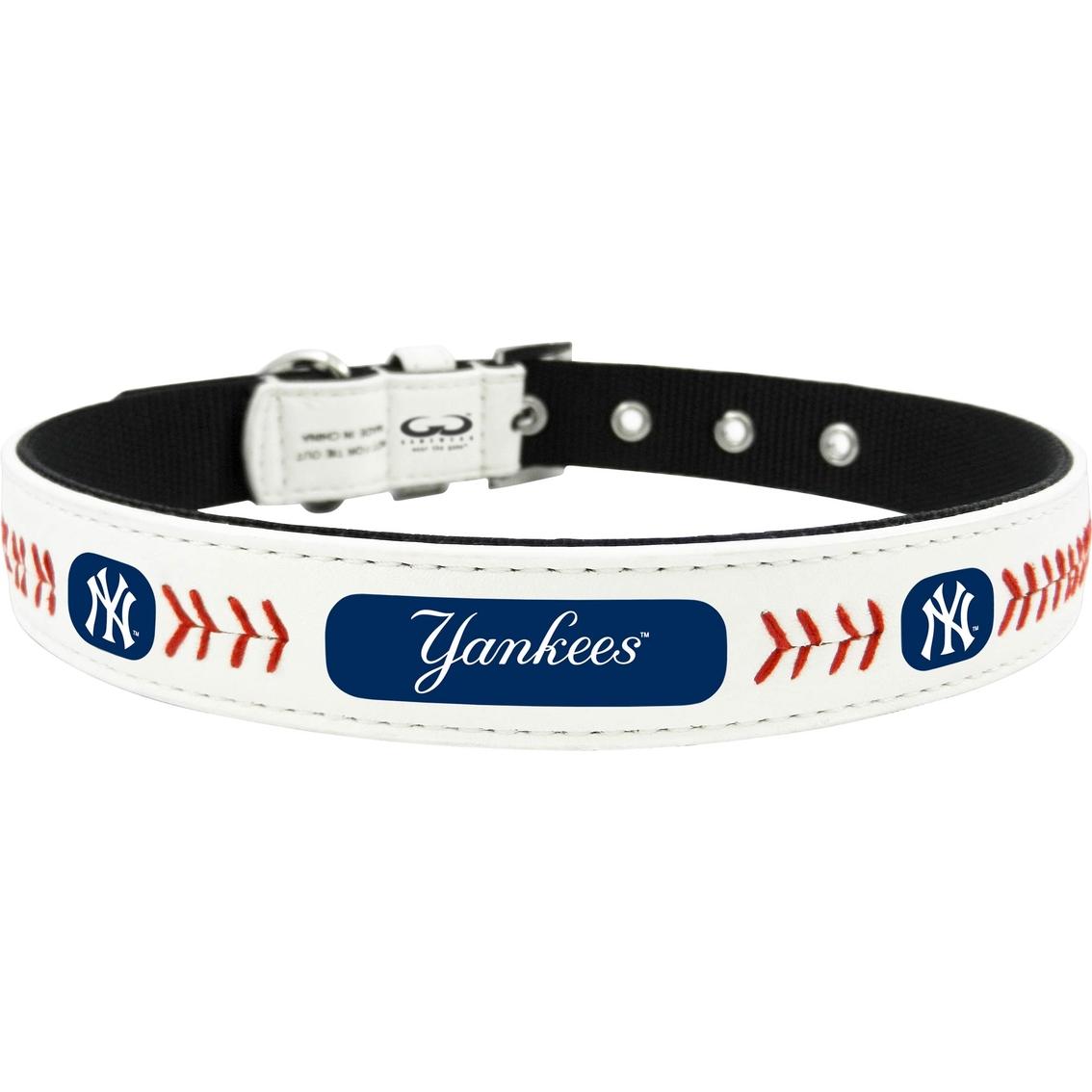 Gamewear Mlb New York Yankees Classic Leather Dog Collar