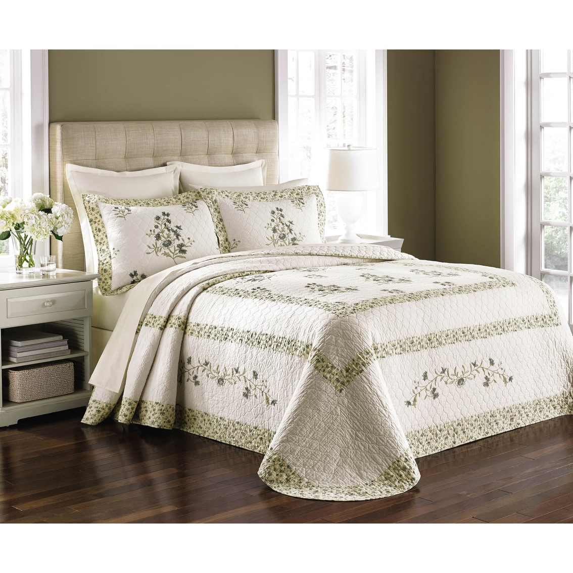 Martha Stewart Collection Abbey Garden Bedspread Bedspreads