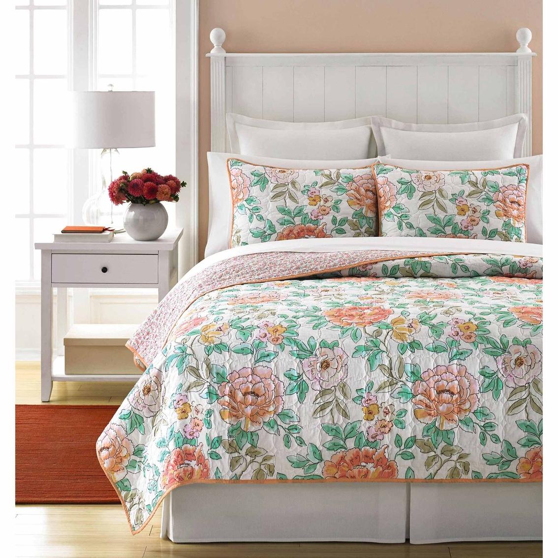 Martha Stewart Bedroom: Martha Stewart Collection Village Peony Quilt