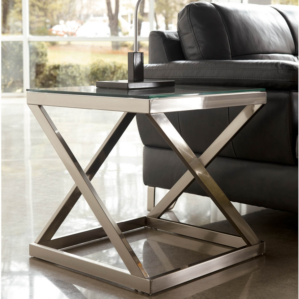 Signature Design By Ashley Coylin Square End Table