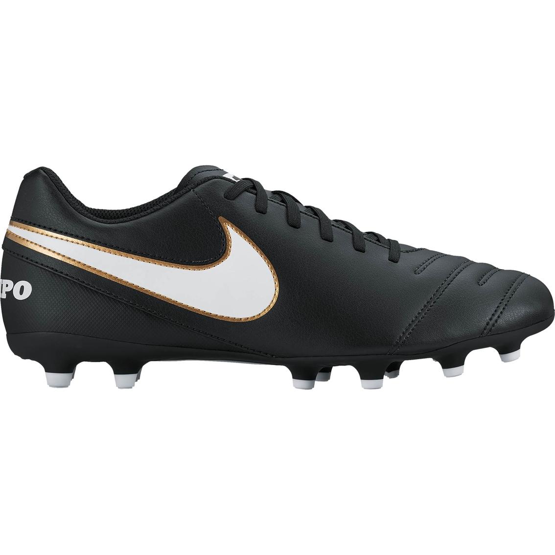separation shoes 457e7 88fc7 Nike Men s Tiempo Rio III FG Soccer Cleats