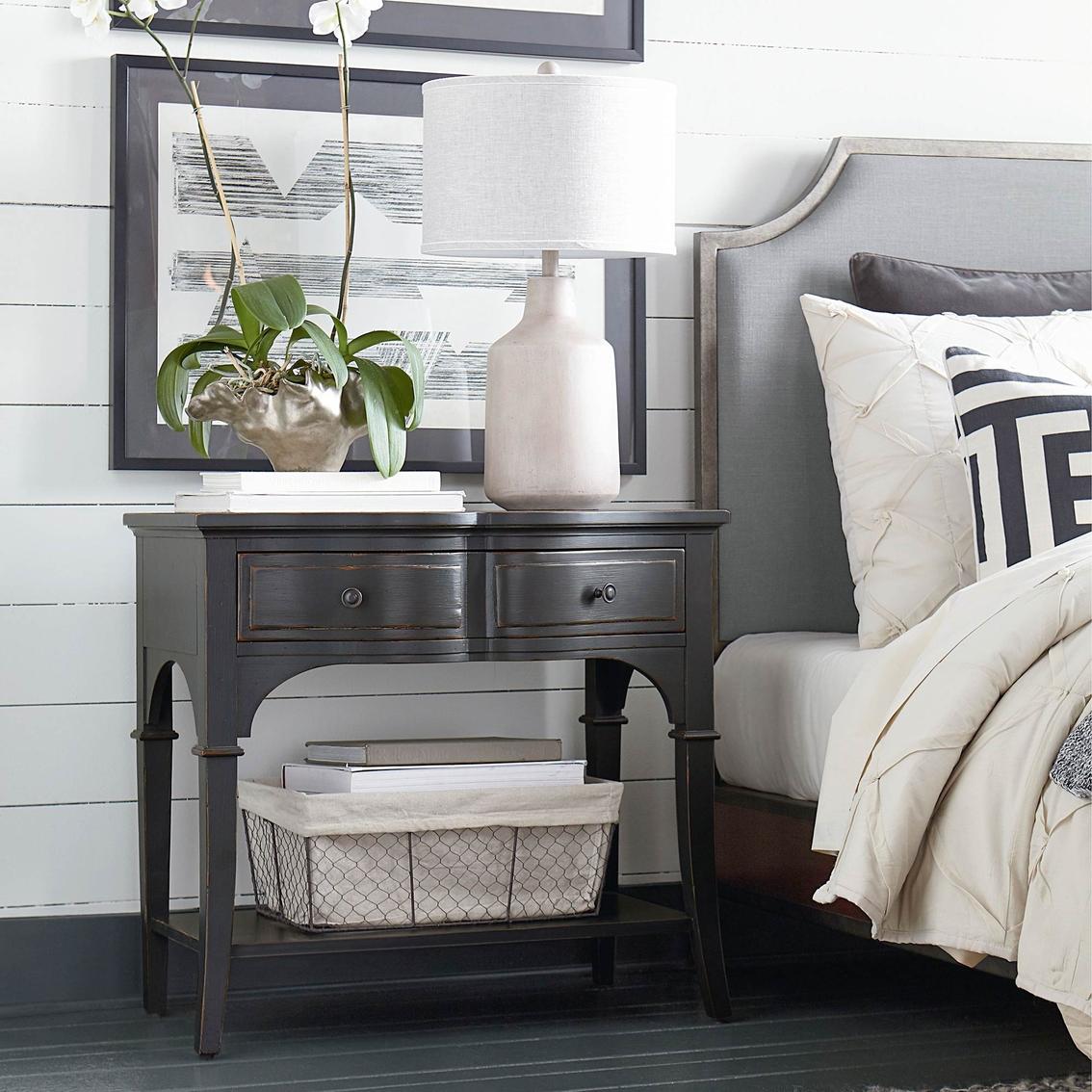 Bassett Design: Hgtv Home Design Studio Classics By Bassett Leg Nightstand
