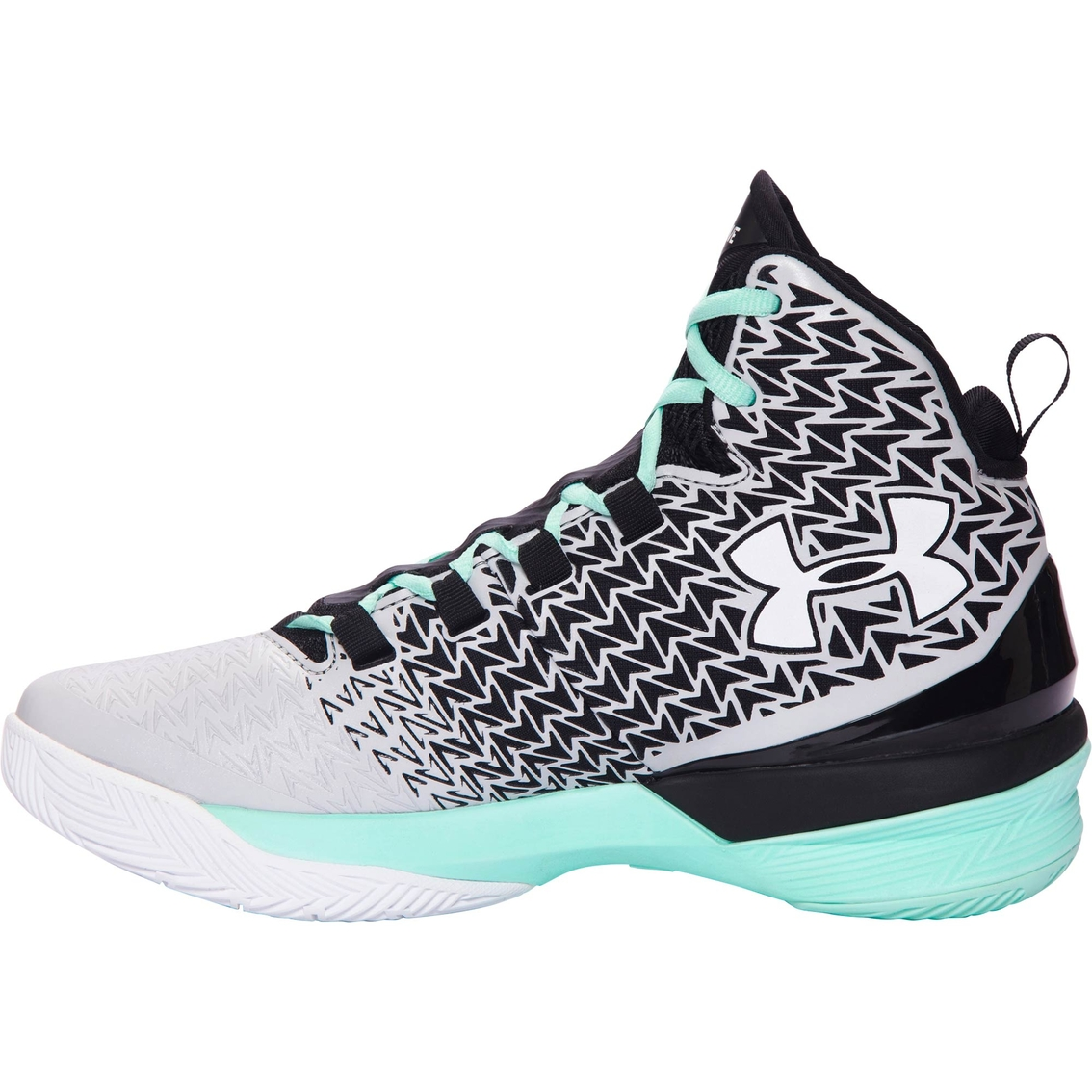 0d2bd68786f2 Under Armour Women s Clutchfit Drive 3 Basketball Shoes