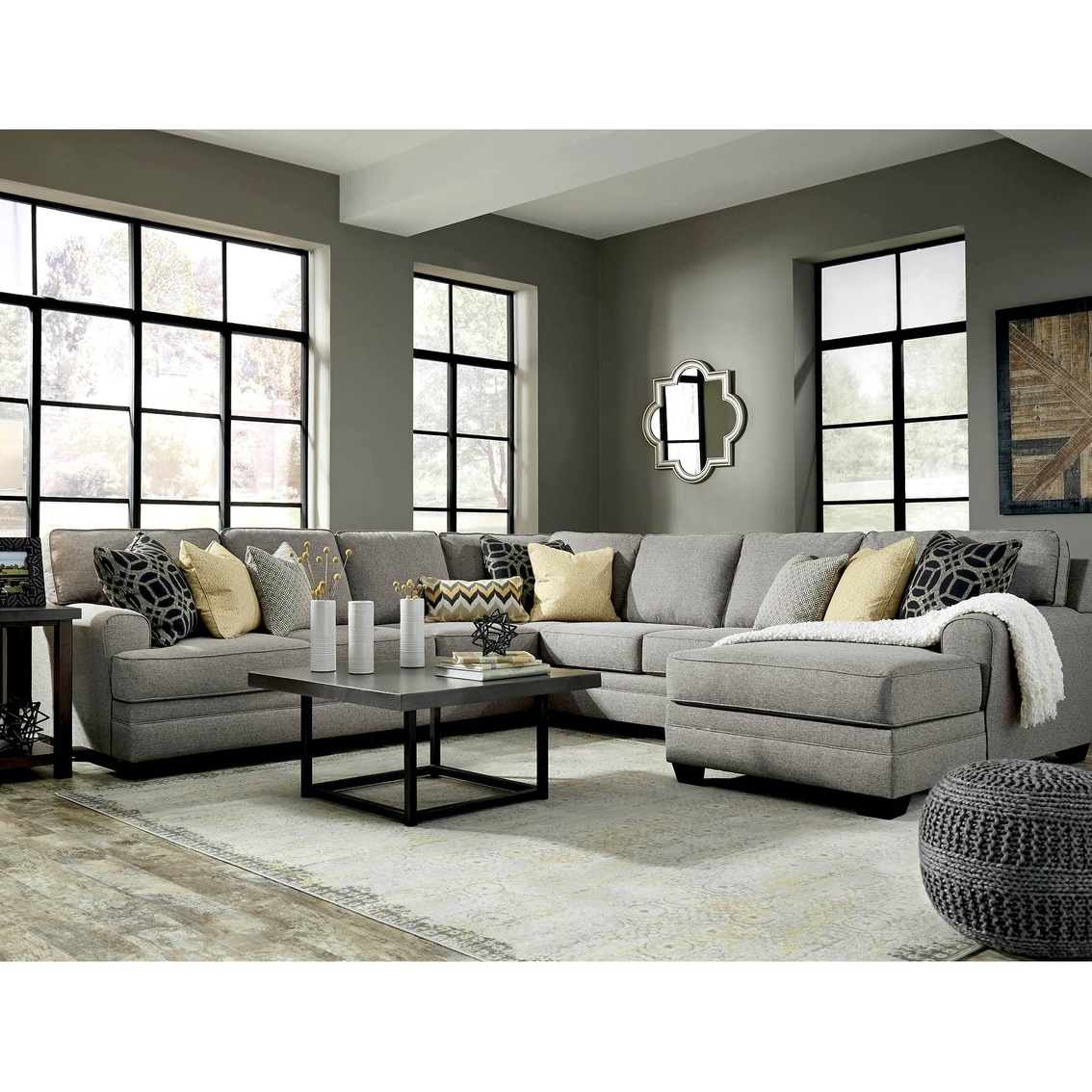 Benchcraft Cresson 4 Pc. Sectional Raf Corner Chaise/laf ...