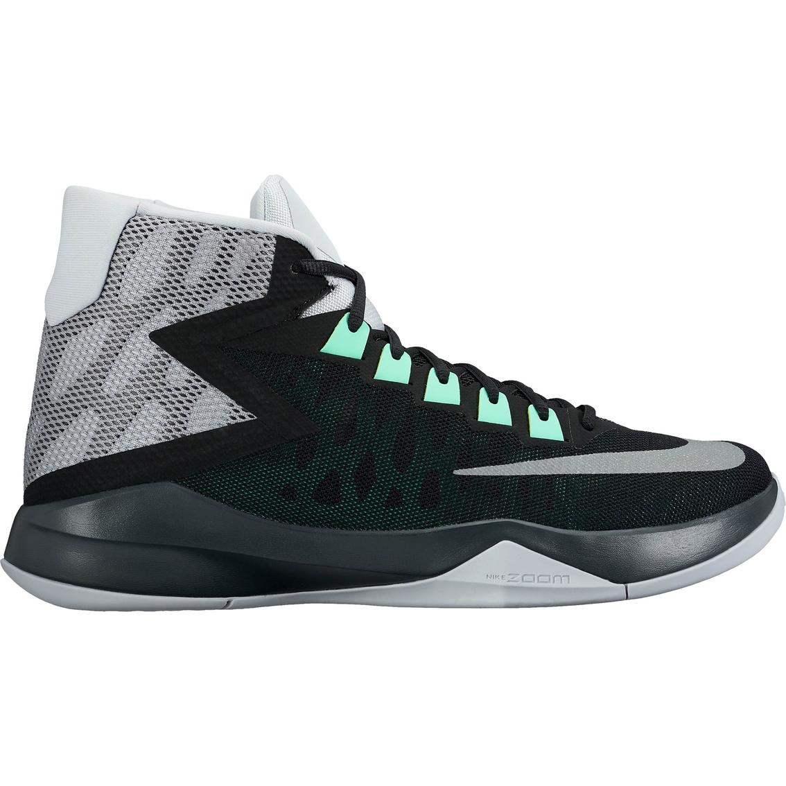 4e348562da4b Nike Men s Zoom Devosion Basketball Shoes