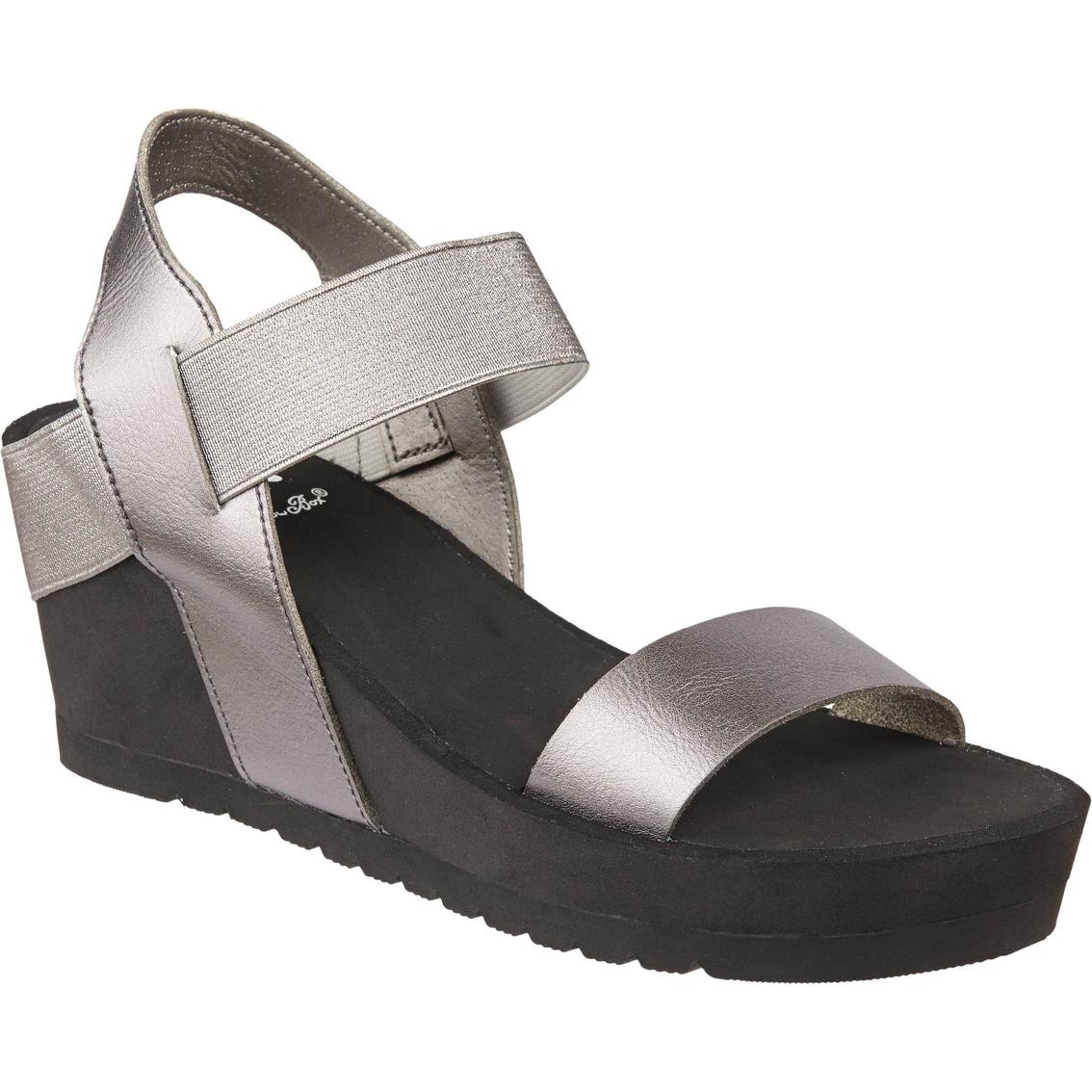 588c6c8635e Yellow Box Hayla Mid Heel Sandals