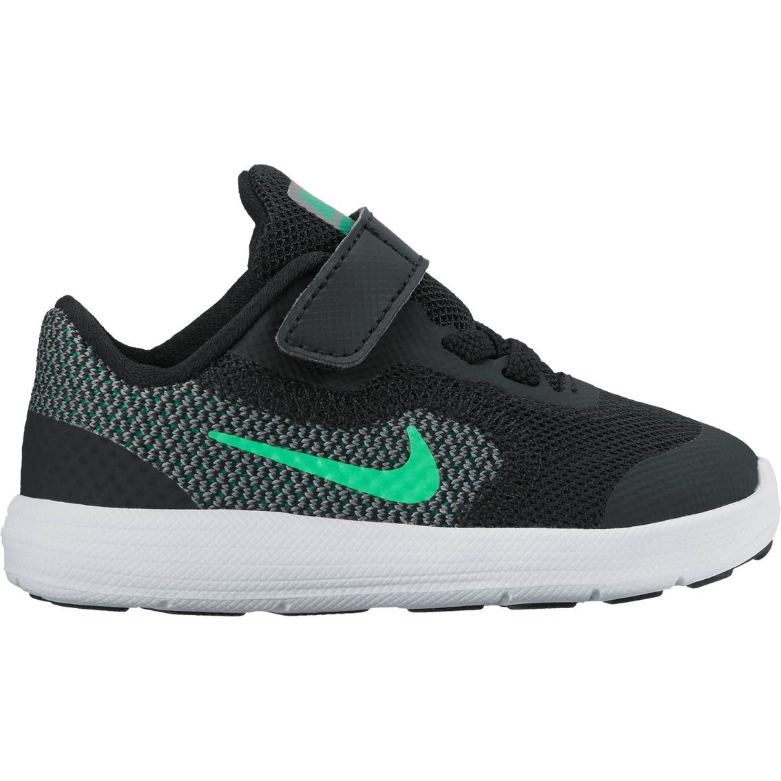 318fa5c3b9d Nike Toddler Boys Revolution 3 Running Shoes