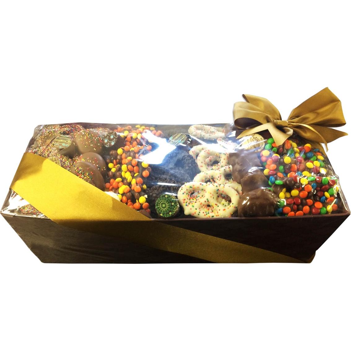 Chocolate Works Large Chocolate Market Gift Basket   Sweets ...