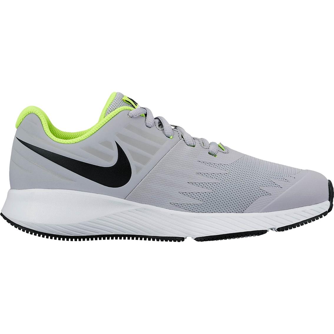 best service 7076f 81eb1 Nike Grade School Boys Star Runner Running Shoes